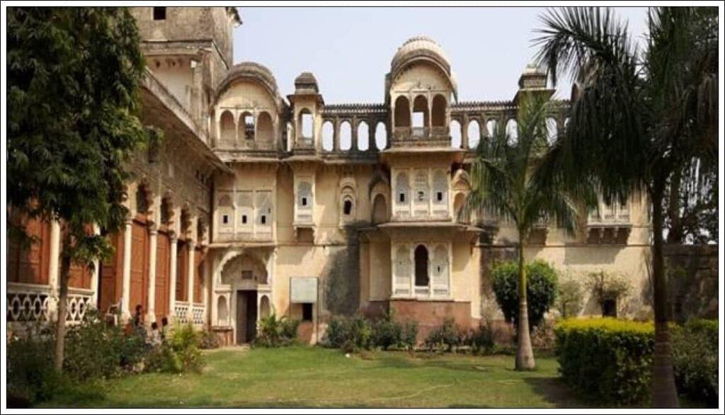 Manpur Ka Kila  Sheopur जिले के प्रमुख दर्शनीय स्थल